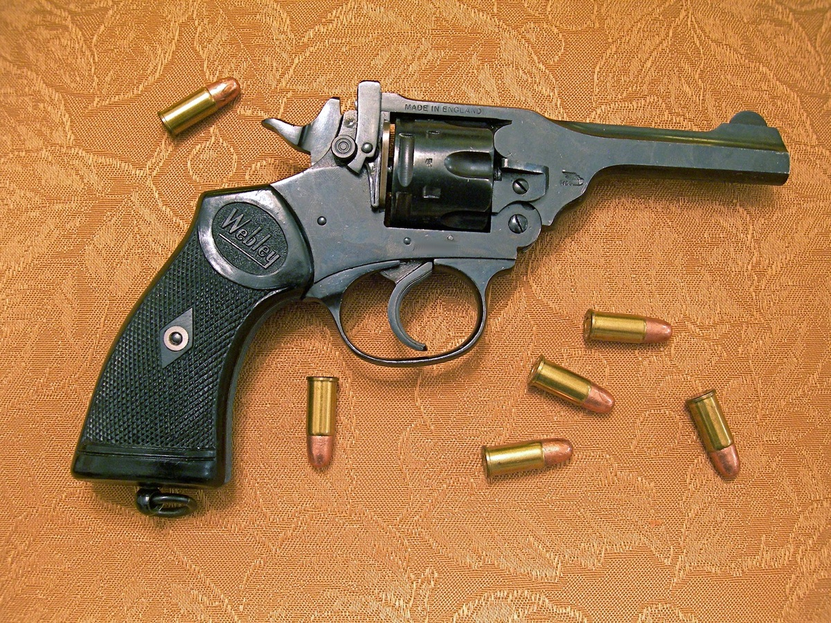 Webley Mark IV  38 S&W | Shall Not Be Questioned